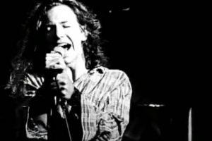 Cena do clipe de 'Alive', do Pearl Jam