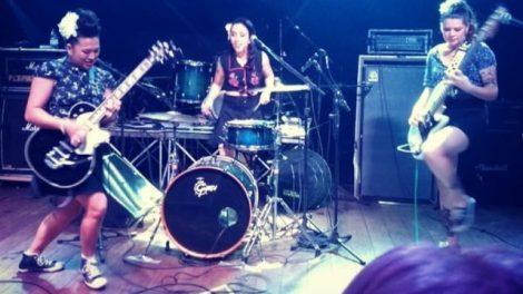 A banda Time Bomb Girls em ação no Goiânia Noise Festival (Reprodução)
