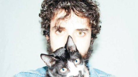Capa de Radical, primeiro EP da Cat Vids (Reprodução)