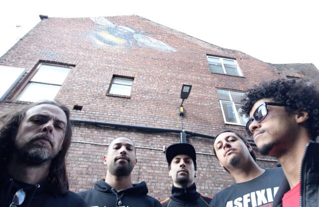 Marcelo, Rodrigo, Kaneda, Leonardo e Rafael, do Asfixia Social (Divulgação)