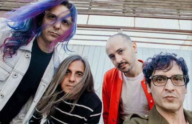A banda Wry, que lançou Noites Infinitas em 2020 (Divulgação)