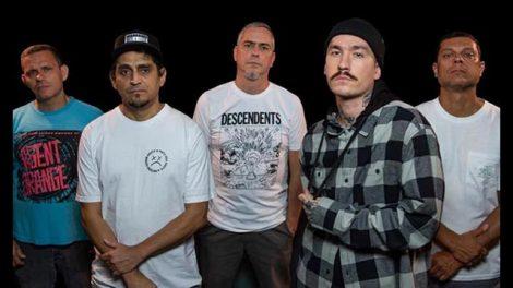 A nova formação da banda Garage Fuzz (Divulgação)